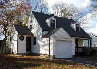 Foreclosed Home in PILGRIM RD, Bridgeport, CT - 06610