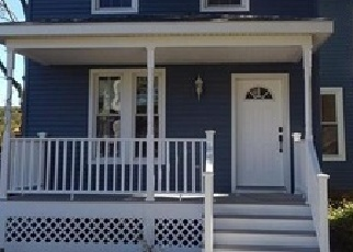 Foreclosed Home in CHERRY ST, Naugatuck, CT - 06770