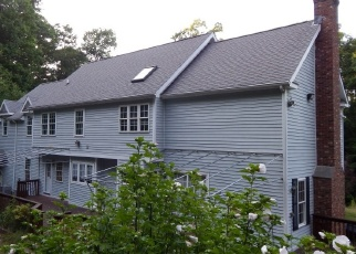 Foreclosed Home en BIG BEAR HILL RD, New Milford, CT - 06776