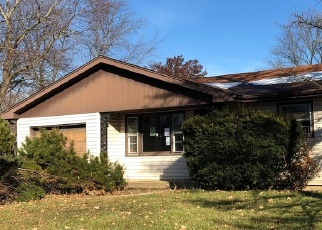 Foreclosed Home in UNION ST, Crystal Lake, IL - 60014