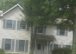 Foreclosed Home en WHITE TAIL DR, Mountain Top, PA - 18707