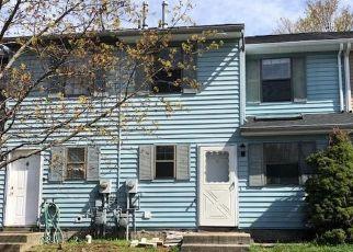 Foreclosed Home en BLAKE RD, Maybrook, NY - 12543