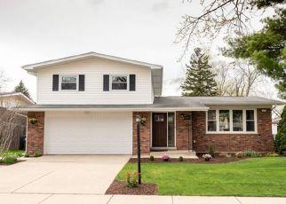 Foreclosed Home en N KENNETH CT, Glenwood, IL - 60425