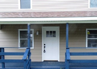 Foreclosed Home en NORTON ST, Patchogue, NY - 11772