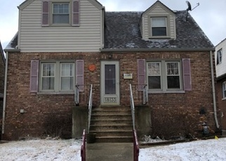 Foreclosed Home in RIDGEWOOD AVE, Lansing, IL - 60438