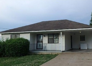 Foreclosed Home in BLUEBIRD RD, Covington, TN - 38019