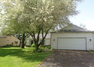 Foreclosed Home in FIRESIDE DR, Rockford, IL - 61114