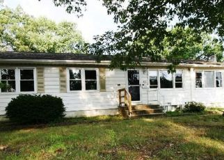 Foreclosed Home in COOLIDGE DR, Brick, NJ - 08724
