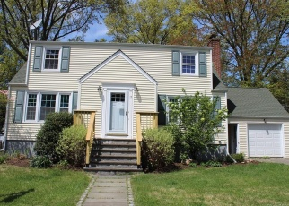 Foreclosed Home in FOLWELL RD, Norwalk, CT - 06851
