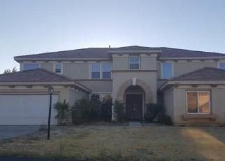 Foreclosed Home en KNOLL DR, Palmdale, CA - 93551