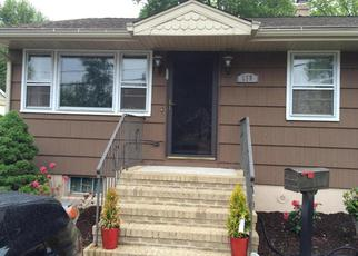 Foreclosed Home in EDGEWOOD AVE, Colonia, NJ - 07067