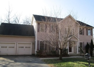Foreclosed Home en APOLLO RD, Bethel, CT - 06801