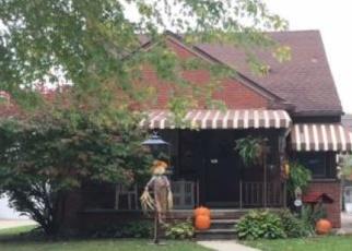 Foreclosed Home en REGINA AVE, Allen Park, MI - 48101
