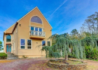 Foreclosed Home in ASHAROKEN AVE, Northport, NY - 11768