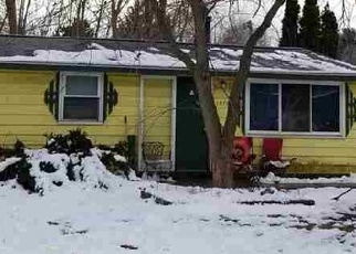 Foreclosed Home en WEIR RD, Walled Lake, MI - 48390