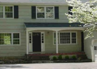 Foreclosed Home in OLD FARM RD, Wilton, CT - 06897