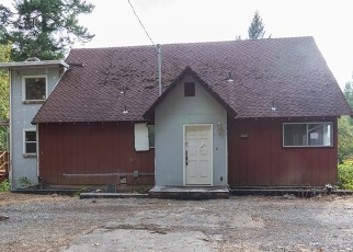 Foreclosed Home in RIVERBANKS RD, Grants Pass, OR - 97527