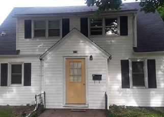 Foreclosed Home en GROVE ST, Bloomer, WI - 54724