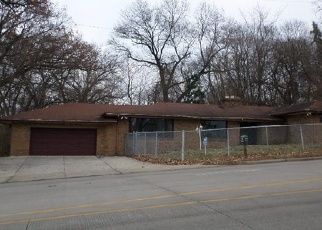 Foreclosed Home in S IRONWOOD DR, Mishawaka, IN - 46544