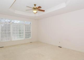Foreclosed Home en LADY MARIAN CT, Midlothian, VA - 23113