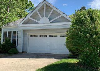 Foreclosed Home in DEERFIELD DR, Manahawkin, NJ - 08050