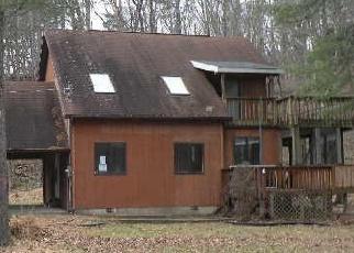 Casa en ejecución hipotecaria in East Stroudsburg, PA, 18302,  LEISURE LANDS RD ID: F4335407