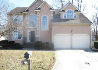 Foreclosed Home en OAKENGATE DR, Suffolk, VA - 23435