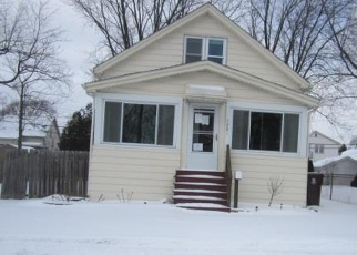 Foreclosed Home in GRONOW, Center Line, MI - 48015