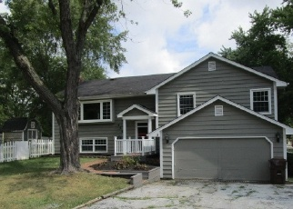 Foreclosed Home in MEADOW AVE, Frankfort, IL - 60423