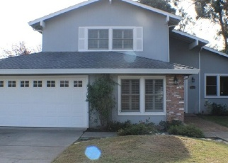 Foreclosed Home en LOS OLIVOS WAY, Carmichael, CA - 95608