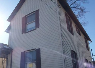 Foreclosed Home en 10TH AVE, Carbondale, PA - 18407