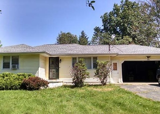 Foreclosed Home en NORTHWOOD AVE, Youngstown, OH - 44505