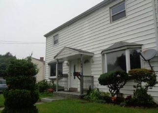 Foreclosure Home in Stratford, CT, 06615,  LARKIN CT ID: F4335637
