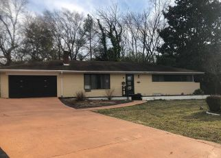 Foreclosed Home in WOODS PL, Alexandria, VA - 22302