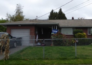Foreclosed Home en S 64TH ST, Tacoma, WA - 98408