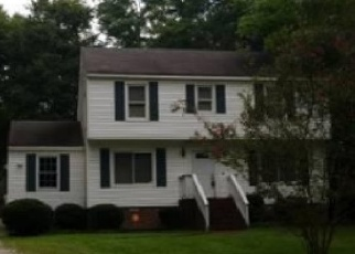 Foreclosed Home en CASTLE GLEN CT, Richmond, VA - 23236
