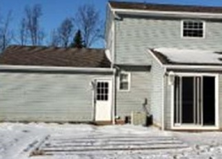 Foreclosed Home in SAINT LAWRENCE BLVD, Eastlake, OH - 44095