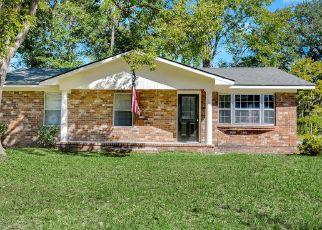 Casa en ejecución hipotecaria in Hinesville, GA, 31313,  BECKY ST ID: F4335780