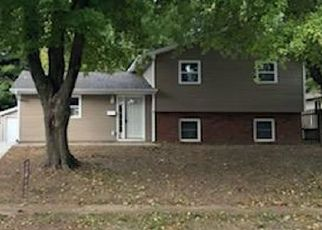 Foreclosed Home en S MILAN RD, Springfield, IL - 62703