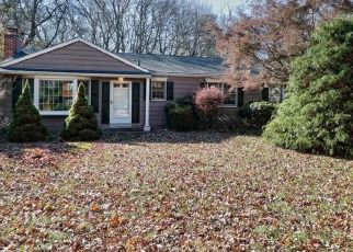Foreclosed Home in CEDARHURST LN, Milford, CT - 06461