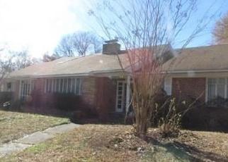 Foreclosed Home in ARLINGTON RD, Montgomery, AL - 36105
