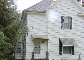 Foreclosed Home in N MARION AVE, Washington, IA - 52353