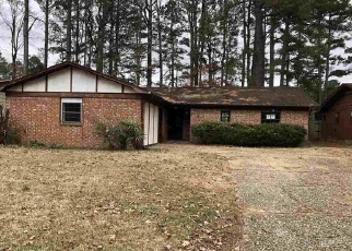 Foreclosed Home in YORKWOOD DR, Little Rock, AR - 72209