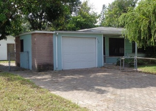 Foreclosed Home en MEADOWLAWN DR N, Saint Petersburg, FL - 33702