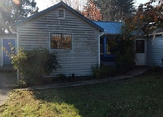 Foreclosed Home in W 17TH ST, Coquille, OR - 97423
