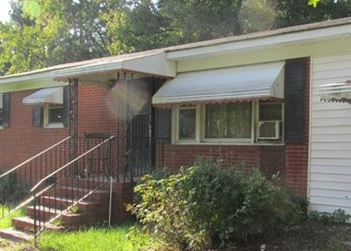 Foreclosed Home in RIVER DR, Wadesboro, NC - 28170