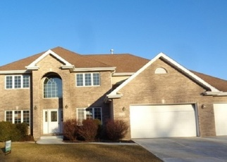 Foreclosed Home in PLANK TRAIL DR, Frankfort, IL - 60423
