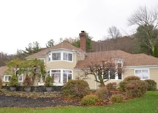 Foreclosed Home en COBTAIL WAY, Simsbury, CT - 06070