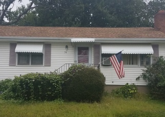 Foreclosed Home en OSBORNE ST, Stratford, CT - 06614