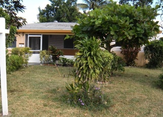 Foreclosed Home en SW 66TH AVE, Hollywood, FL - 33023